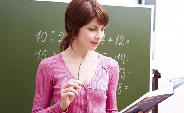 Включение периодов работы в педагогический стаж при неполной ставке