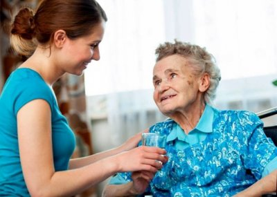 Повышение компенсации по уходу за престарелыми